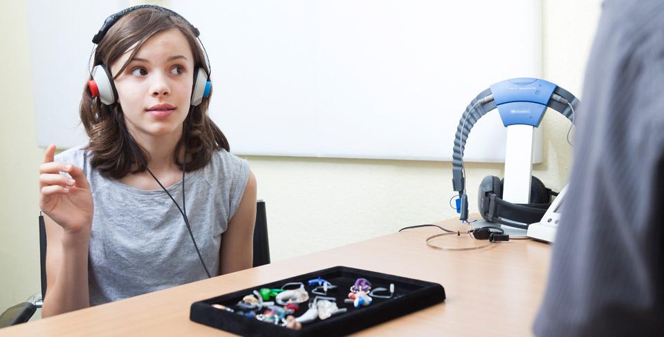 G&B-Hörsysteme-übernimmt-Test-und-Beratung-für-das-individuelle-Hörsystem