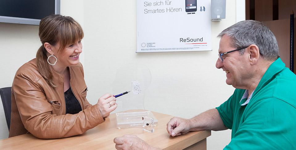 Was-zahlt-die-Krankenkasse-Gibt-es-eine-Versicherung-für-Hörgeräte